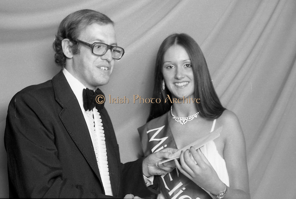 """""""Miss Elida"""" Final At Mosney, Co Meath..1976..01.09.1976..09.01.1976..1st September 1976..The final of the """"Miss Elida"""" lovely hair competition was held in The Gaiety Theatre,Butlins Holiday Centre,Mosney,Co Meath tonight. The competition is sponsored by Lever Bros,Sheriff St,Dublin. The shows compere was Mr Mike Murphy..Pictured receiving her winners award is Ms Frances Campbell,Culmore, Co Derry."""