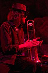 Matt Hubard with 7 Walkers in Concert in The Wolfs Den at Mohegan Sun Casino on December 9, 2010