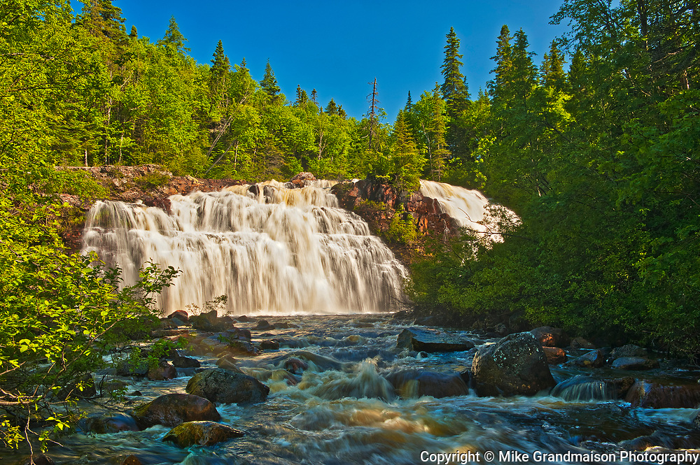 Waterfals at Mink Creek empties continues to Lake Superior<br />Near Marathon<br />Ontario<br />Canada