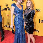 NLD/Scheveningen/20161030 - Premiere musical The Lion King, Anouk van Nes en .............