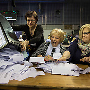The votes being counted at the Emirates Arena in Glasgow, Britain, 08 May. <br /> Britons are voting in a general election that will determine the UK's next Prime Minister.