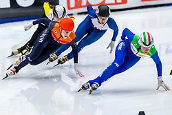 13-01-2019 NED: ISU European Short Track Championships 2019 day 3, Dordrecht<br /> Martina Valcepina #10 ITA, Suzanne Schulting #24 NED, Elise Christie #41 GBR