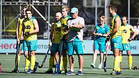 BREDA -  Assistent coach Anthony Potter (Aus) met Matthew Swann (Aus) , Aran Zalewski (Aus) , Jeremy Edwards (Aus) , Australia-India (1-1), finale Rabobank Champions Trophy 2018. Australia wint shoot outs.  COPYRIGHT  KOEN SUYK