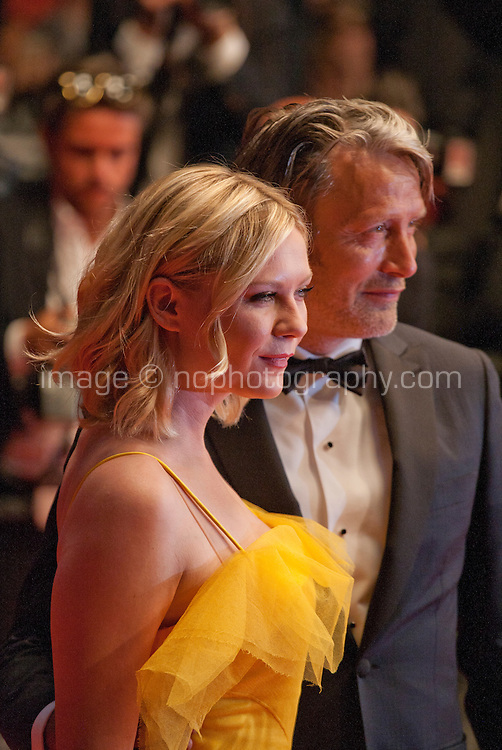 Actress, Kirsten Dunst and actor Mads Mikkelsen at the gala screening for the film The Neon Demon at the 69th Cannes Film Festival, Friday 20th May 2016, Cannes, France. Photography: Doreen Kennedy
