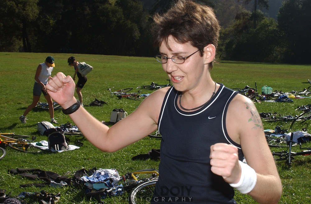 Deborah Mosley is extatic after completing her triathalon with a time of 1 hour 47 minutes...Photo by Jason Doiy.9-25-04.026-2004