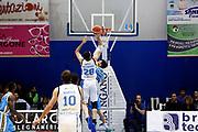 DESCRIZIONE : Capo dOrlando Lega A 2015-16 Betaland Orlandina Basket Vanoli Cremona<br /> GIOCATORE : Nika Metreveli<br /> CATEGORIA : Controcampo Rimbalzo Tiro<br /> SQUADRA : Betaland Orlandina Basket<br /> EVENTO : Campionato Lega A Beko 2015-2016 <br /> GARA : Betaland Orlandina Basket Vanoli Cremona<br /> DATA : 15/11/2015<br /> SPORT : Pallacanestro <br /> AUTORE : Agenzia Ciamillo-Castoria/G.Pappalardo<br /> Galleria : Lega Basket A Beko 2015-2016<br /> Fotonotizia : Capo dOrlando Lega A Beko 2015-16 Betaland Orlandina Basket Vanoli Cremona