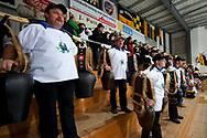 05.03.2011, Wetzikon, Eishockey 1. Liga, Wetzikon - Weinfelden, Treichler Gruppe auf der Tribuene  (Thomas Oswald/hockeypics)