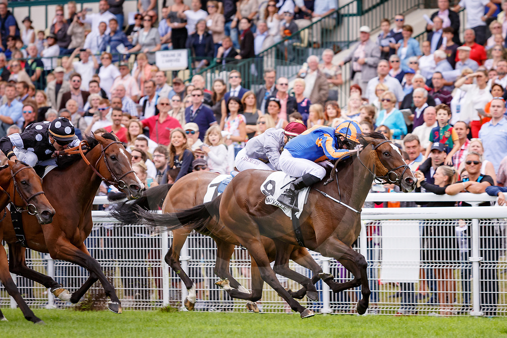 Roly Poly (R. Moore) wins Prix Rothschild Gr.1 in Deauville, France, 30/07/2017 photo: Zuzanna Lupa/Racingfotos.com