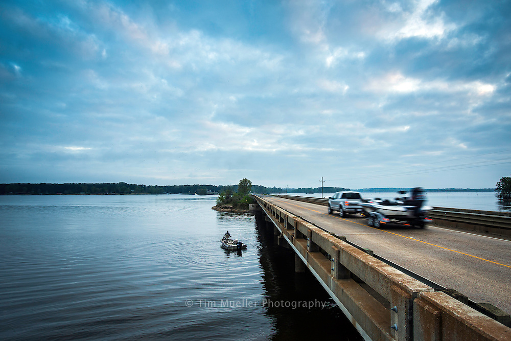 The Todedo Bend Forest Scenic Byway crosses Bayou LaNana and Toledo Bend Reservoir just north of Hwy 6 in Sabine Parish.