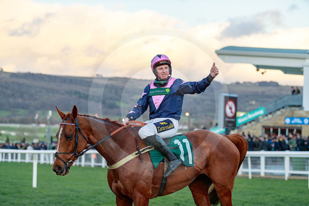 Le Breuil (JJ Codd) wins The National Hunt Challenge Cup Amateur Riders' Novices' Steeple Chase Gr.2  in Cheltenham 12/03/2019, photo: Zuzanna Lupa