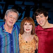 NLD/Den Haag/20111201- Premiere Ramses, Hans Hoes, Liesbeth List en William Spaaij