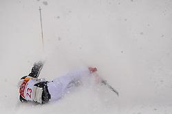 February 9, 2018 - Pyeongchang, South Korea - 180209 Vinegar Slatten of Norway crash when he competes in the MenÃ•s Moguls Qualification during the 2018 Winter Olympics on February 9, 2018 in Pyeongchang..Photo: Petter Arvidson / BILDBYRN / kod PA / 91956 (Credit Image: © Petter Arvidson/Bildbyran via ZUMA Press)