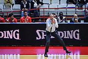 DESCRIZIONE : Varese FIBA Eurocup 2015-16 Openjobmetis Varese Telenet Ostevia Ostende<br /> GIOCATORE : Paolo Moretti<br /> CATEGORIA : Mani Allenatore Coach<br /> SQUADRA : Openjobmetis Varese<br /> EVENTO : FIBA Eurocup 2015-16<br /> GARA : Openjobmetis Varese - Telenet Ostevia Ostende<br /> DATA : 28/10/2015<br /> SPORT : Pallacanestro<br /> AUTORE : Agenzia Ciamillo-Castoria/M.Ozbot<br /> Galleria : FIBA Eurocup 2015-16 <br /> Fotonotizia: Varese FIBA Eurocup 2015-16 Openjobmetis Varese - Telenet Ostevia Ostende