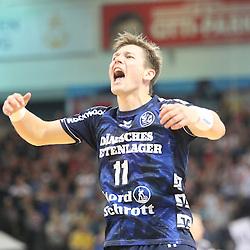 Flensburg, 08.02.17, Sport, Handball, DKB Handball Bundesliga, Saison 2016/2017, SG Flensburg-Handewitt - THW Kiel : Jubel / Torjubel bei Lasse Svan (SG Flensburg-Handewitt, #11) beim Spiel in der Handball Bundesliga, SG Flensburg-Handewitt - THW Kiel.<br /> <br /> Foto © PIX-Sportfotos *** Foto ist honorarpflichtig! *** Auf Anfrage in hoeherer Qualitaet/Aufloesung. Belegexemplar erbeten. Veroeffentlichung ausschliesslich fuer journalistisch-publizistische Zwecke. For editorial use only.