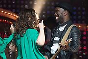 Concert Ladies of Soul 2015 in de Ziggo Dome, Amsterdam.<br /> <br /> Op de foto:  Trijntje Oosterhuis en haar vriend Alvin Lewis