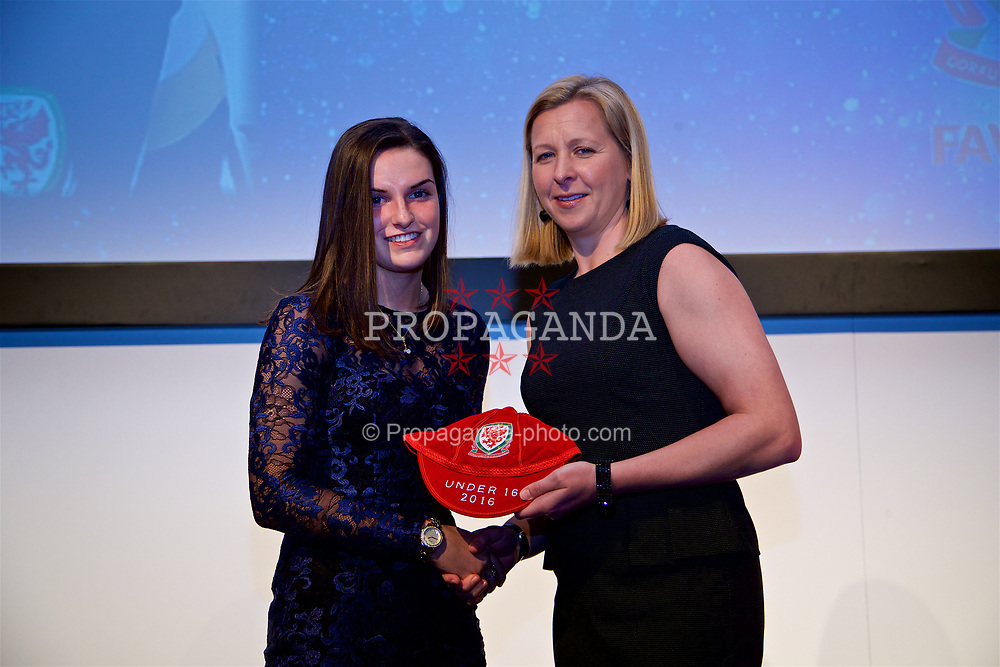 NEWPORT, WALES - Saturday, May 27, 2017: Samantha Wynne receives her Under-16 Wales cap from Wales women's team manager Jayne Ludlow at the Celtic Manor Resort. (Pic by David Rawcliffe/Propaganda)