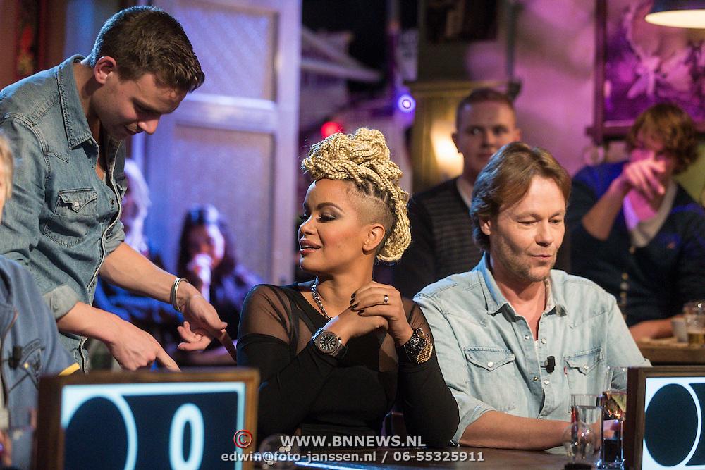 NLD/Hilversum/20131130 - Start Radio 2000, dj's top2000 , Eva Simons en Gijs Staverman
