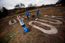 UNITED KINGDOM SIPSON 15JAN09 - Greenpeace activists do a little bit of gardening at a plot of land in Sipson near Heathrow airport, site of the planned third runway project...jre/Photo by Jiri Rezac / GREENPEACE