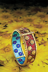 Alexis Falise enameled sur paillons 118kt gold chrysanthemums bracelet,bracelet,gold,18kt,chrysanthemums,jewelry,antique