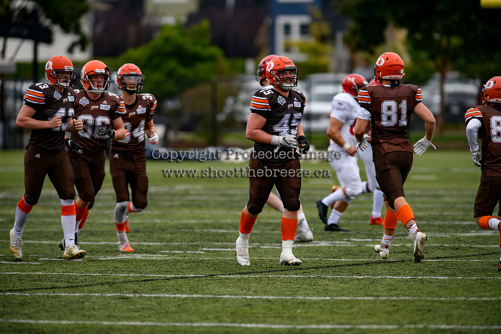 CHILLIWACK, BC - SEPTEMBER 11: Aiden Hennessey #45 of Okanagan Sun runs across the field against the Westshore Rebels at Exhibition Stadium in Chilliwack, BC, Canada. (Photo by Marissa Baecker/Shoot the Breeze)