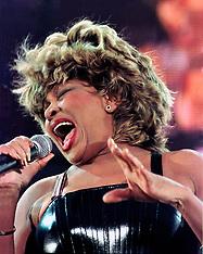2000-07-13 Tina Turner 24/7 Tour