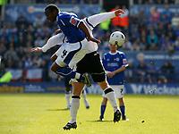 Photo: Steve Bond.<br />Leicester City v Derby County. Coca Cola Championship. 06/04/2007. Darren Kenton (4) challanges Jon macken