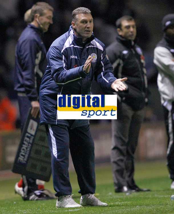 Photo: Steve Bond/Richard Lane Photography. Leicester City v West Bromwich Albion. Coca Cola Championship. 07/11/2009. Nigel Pearson looks for more effort
