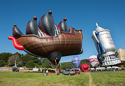 © Licensed to London News Pictures. 07/08/2015. Bristol, UK. Bristol International Balloon Fiesta 2015.  Friday morning mass flight of balloons.  This galleon balloon is the world's biggest special shape balloon. Photo credit : Simon Chapman/LNP