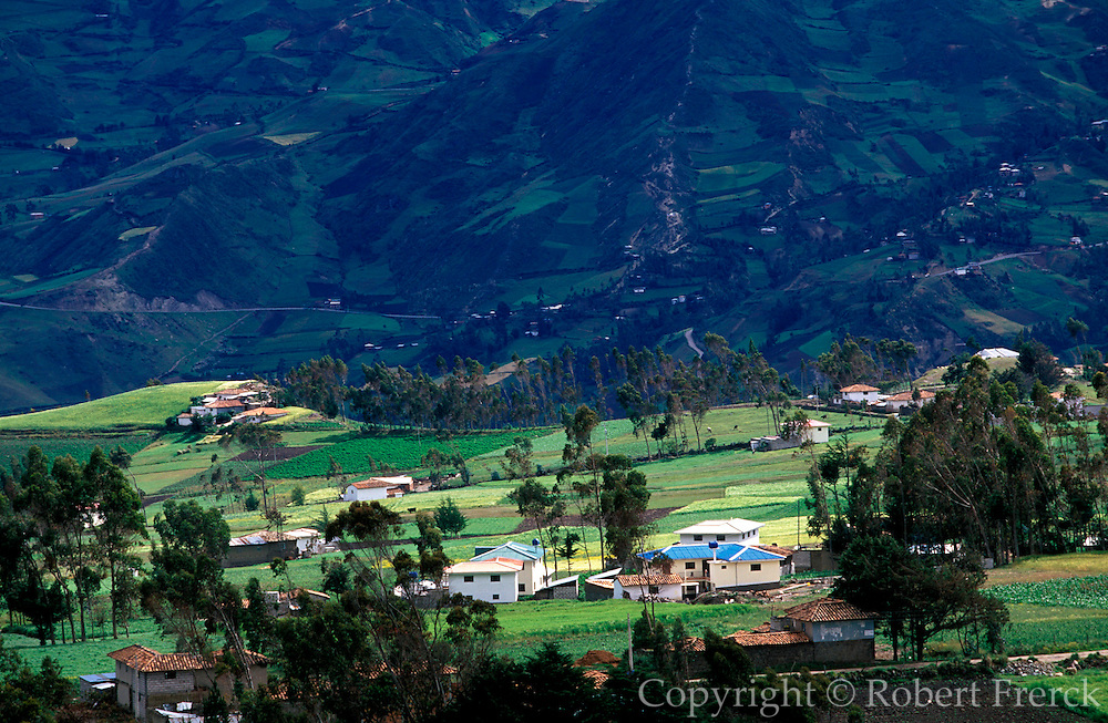 ECUADOR, HIGHLANDS, LANDSCAPE mountainous landscape and homes near Canar north of Cuenca