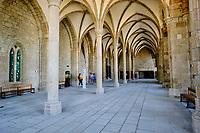 France, Manche (50), Baie du Mont Saint-Michel classé Patrimoine Mondial de l'UNESCO, Abbaye du Mont Saint-Michel, la salle des hôtes // France, Normandy, Manche department, Bay of Mont Saint-Michel Unesco World Heritage, Abbey of Mont Saint-Michel, the guest room