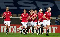 Fotball<br /> Semifinale EM kvinner 2009<br /> 04.09.2009<br /> Sverige v Norge<br /> Foto: Jussi Eskola/Digitalsport<br /> NORWAY ONLY<br /> <br /> Norge jubler for scoring<br /> L-R: Solveig Gulbrandsen - Trine Rønning - Elise Thorsnes - Isabell Herlovsen - Lene Storløkken