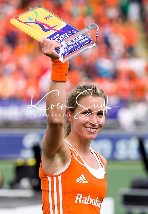 DEN HAAG - Ellen Hoog werd uitgeroepen tot speler van het toernooi. na de finale om de World Cup Hockey 2014 tussen de vrouwen van Nederland en Australie. Nederland wint de finale met 2-0. ANP KOEN SUYK