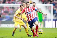 Atletico de Madrid's Saul Niguez (r) and Girona FC's Pere Pons during La Liga match. January 20,2018. (ALTERPHOTOS/Acero)