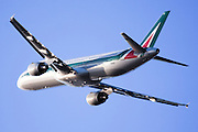 Alitalia commercial flight