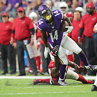 MINNEAPOLIS, MN - NOVEMBER 20: Stefon Diggs #14 of the Minnesota Vikings carries the ball in the second half of the game against the Arizona Cardinals on November 20, 2016 at US Bank Stadium in Minneapolis, Minnesota. (Photo by Adam Bettcher/Getty Images)