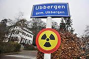 Nederland, Ubbergen, 25-11-2011Greenpeace voert actie tegen ondergrondse kernafvalopslag.Foto: Flip Franssen/Hollandse Hoogte