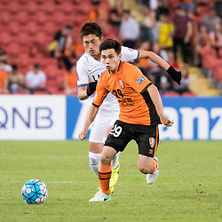 BRISBANE, AUSTRALIA - APRIL 12: Suzuki Yuma of Kashima and Joe Caletti of the Roar compete for the ball during the Asian Champions League Group Stage match between the Brisbane Roar and Kashima Antlers at Suncorp Stadium on April 12, 2017 in Brisbane, Australia. (Photo by Patrick Kearney/Brisbane Roar)