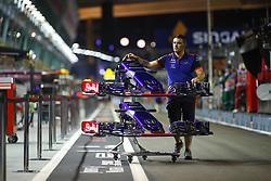 September 13, 2018 - Singapore, Singapore - Motorsports: FIA Formula One World Championship 2018, Grand Prix of Singapore, .#28 Brendon Hartley (NZL, Red Bull Toro Rosso Honda) (Credit Image: © Hoch Zwei via ZUMA Wire)