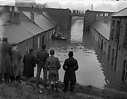 8/12/1954<br /> 12/8/1954<br /> 8 December 1954<br /> <br /> Flooding at North Strand and Drumcondra, Dublin