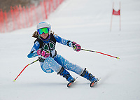 New Hampton School alpine ski team at Loon GS.  ©2018 Karen Bobotas Photographer