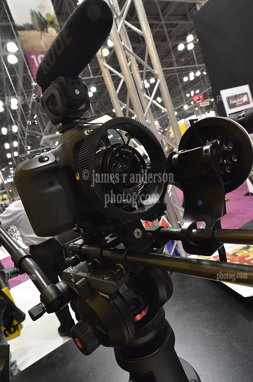 A handy rig I'm looking at. As seen at The NYC PhotoExpo 2011