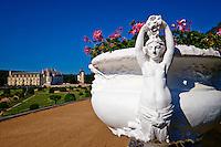 France, Indre et Loire (37), Château de Chenonceau, édifié de 1513 à 1521, de style Renaissance, au bord du Cher // France, Indre-et-Loire,  Chenonceau Castle and the Cher river