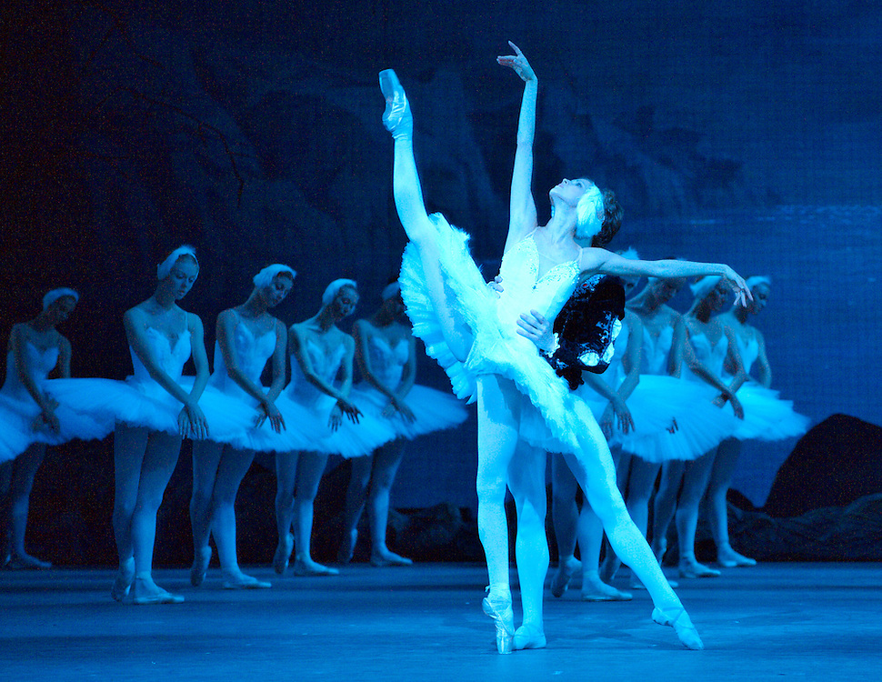 LONDON, ENGLAND - AUGUST 07:  Malinsky's Ballet photocall for Swan Lake at The Royal Opera House on August 7, 2009 in London, England.  ...Standard Licence feee's apply  to all image usage.Marco Secchi - Xianpix tel +44 (0) 845 050 6211 .e-mail ms@msecchi.com .http://www.marcosecchi.com
