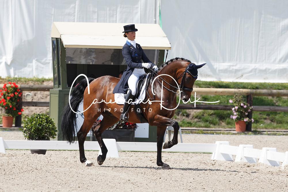 Meiresonne Delphine, (BEL), Wipsy v Heihof<br /> Belgium Championship Dressage - Hulsterlo Meerdonk 2015<br /> © Hippo Foto - Dirk Caremans<br /> 31/07/15