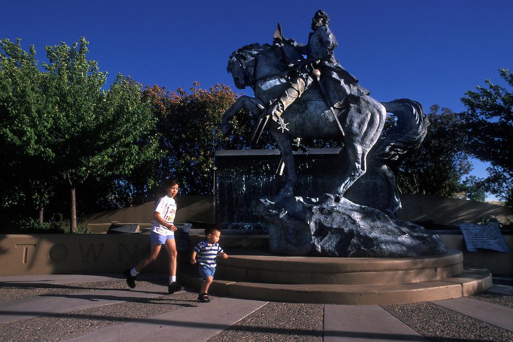 EEUU. Nuevo México. Albuquerque<br /> Estatua de Francisco Cuervo y Valdés, fundador de la ciudad de Albuquerque<br /> <br /> USA. New Mexico. Albuquerque<br /> Francisco Cuervo y Valdes Statue, founder of Albuquerque City<br /> <br /> © JOAN COSTA