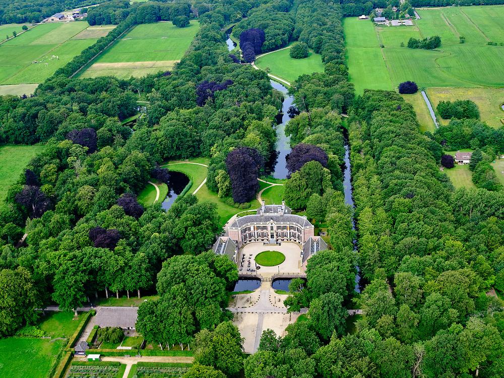 Nederland, Utrecht, Baarn, 21–06-2020; Kasteel Groeneveld, kasteel en landgoed, in gebruik als 'Buitenplaats voor stad en land' van Staatsbosbeheer.<br /> Castle Groeneveld, castle and estate. In use as 'country seat for town and country'.<br /> luchtfoto (toeslag op standaard tarieven);<br /> aerial photo (additional fee required)<br /> copyright © 2020 foto/photo Siebe Swart
