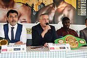 BOXEN: EC Boxpromotion & SES Boxing, Pressekonferenz, Hamburg, 17.12.2019<br /> v.l.: Promoter Erol Ceylan, Ulf Steinforth und Peter Kadiru<br /> © Torsten Helmke