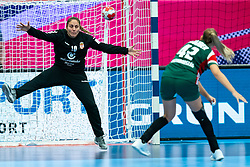 Jovana Risovic of Serbia, Katrinn Klujber of Hungary in action during the Women's EHF Euro 2020 match between Serbia and Hungary at Sydbank Arena on december 06, 2020 in Kolding, Denmark (Photo by RHF Agency/Ronald Hoogendoorn)
