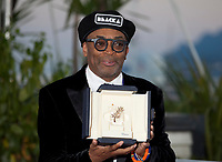 Director Spike Lee at the Award Winner's photo call at the 71st Cannes Film Festival, Saturday 19th May 2018, Cannes, France. Photo credit: Doreen Kennedy