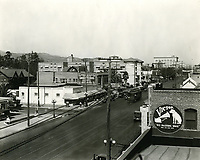 1923 Looking east on Hollywood Blvd. from Whitley Ave.